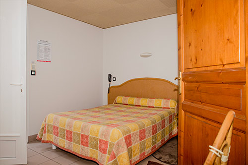 location hotel pays basque